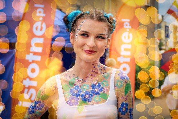 Malowana dziewczyna: Julia na Glina Show 2020