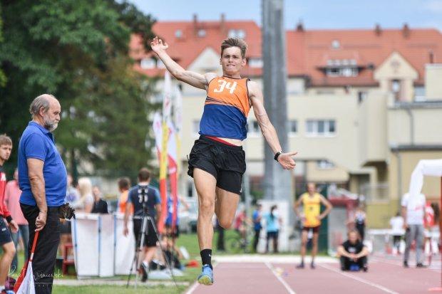 Lekkoatleci Bolesłavii z 35 medalami