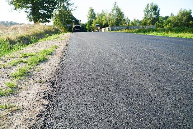 Już wkrótce zakończy się przebudowa drogi z Bolesławca do Starych Jaroszowic