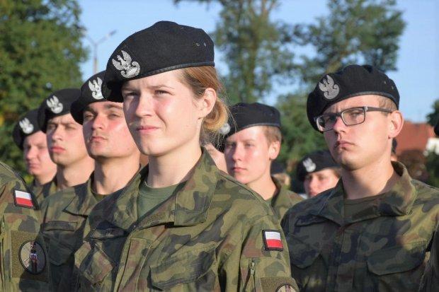 Studenci Legii Akademickiej zakończyli szkolenie u bolesławieckich artylerzystów