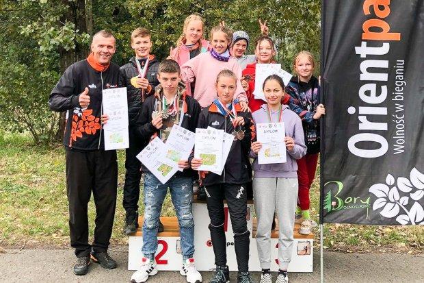 Młodzicy UKS Orientpark.pl Iwiny najlepsi w makroregionie