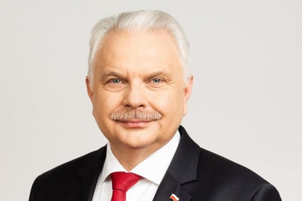Ministerstwo Zdrowia: od połowy października nowe obostrzenia m.in. na weselach