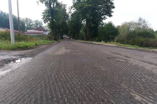 Lubańska: najgorsze dziury połatane. W poniedziałek ruszy remont