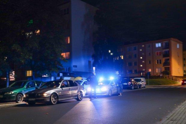 Kilka osób pobiło dziewczynę w centrum miasta