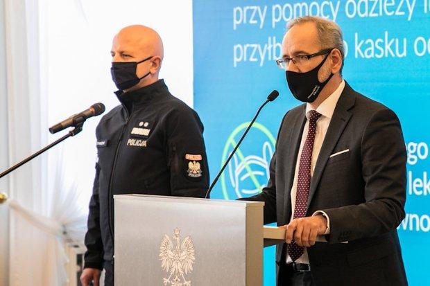 Ministerstwo Zdrowia i Policja: zero tolerancji dla nieprzestrzegających obostrzeń