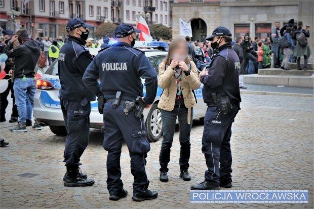 Policja interweniowała w czasie koronaprotestów: ponad 190 wniosków do sądu
