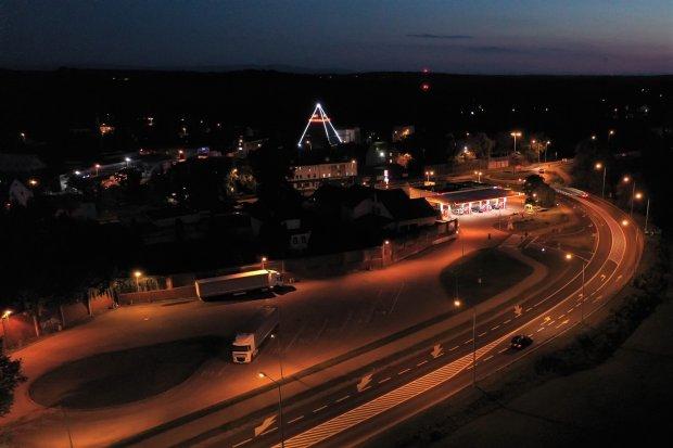 Gdzie zgłaszać awarie ulicznego oświetlenia?