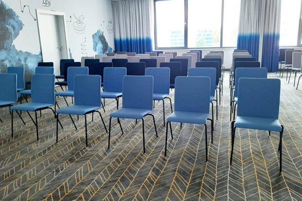 Centrum Konferencyjne z czterema klimatyzowanymi salami w Ibis Styles