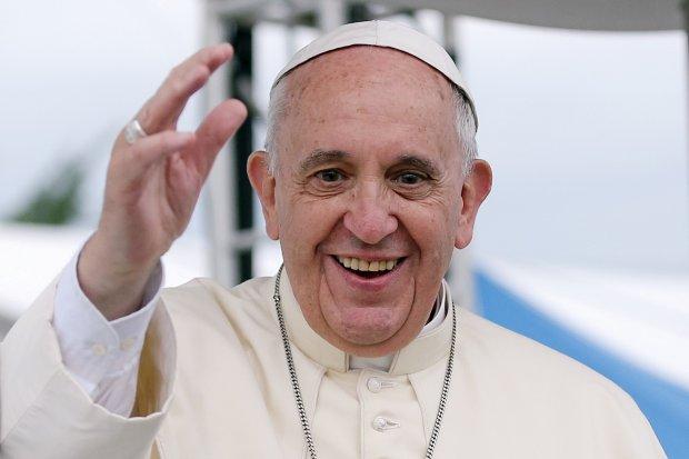 Papież Franciszek jest za prawem osób homoseksualnych do związków partnerskich