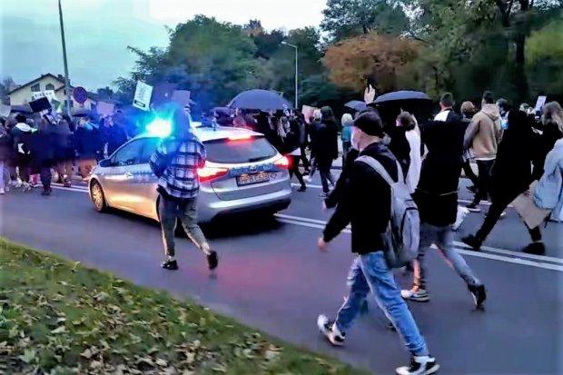 Trzeci protest w Bolesławcu. Tym razem blokada dróg