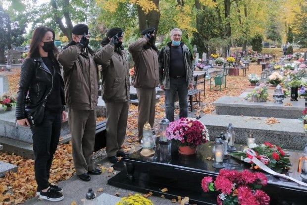 Świętoszowscy pancerniacy pamiętali o zmarłych kolegach