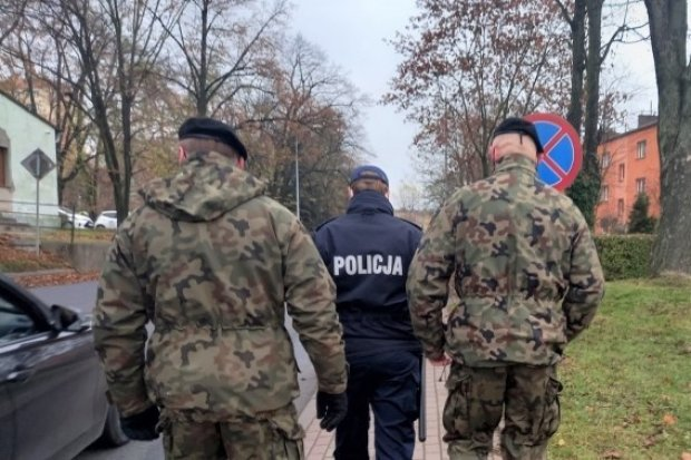 Bolesławiecka policja: rekordowa liczba osób na kwarantannie i w izolacji
