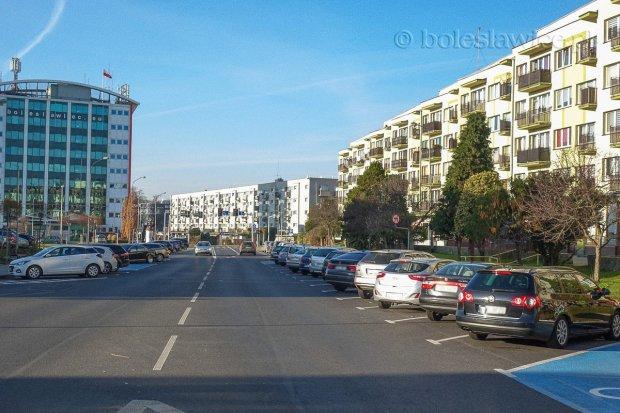 Strefa płatnego parkowania w Bolesławcu zacznie obowiązywać od maja 2021 r.