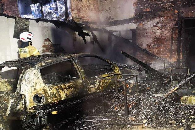 Groźny pożar w Tomaszowie Bolesławieckim