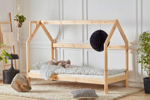 Łóżko domek – fantazyjna aranżacja pokoju dziecka