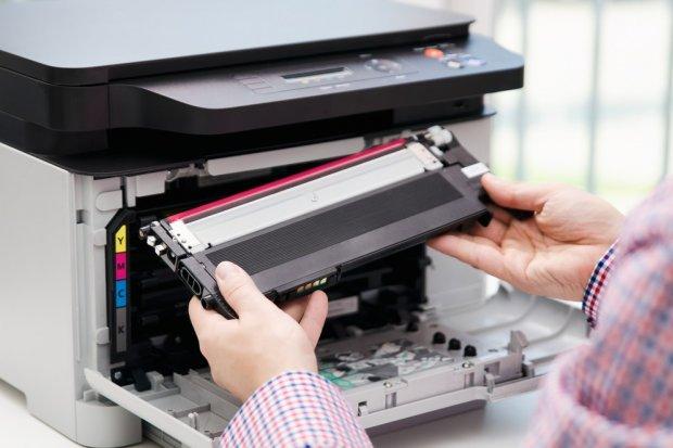 Czy drukarki laserowe staną się bardziej popularne od drukarek atramentowych?