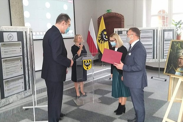 II LO w Bolesławcu z Certyfikatem Szkoły Wspierającej Uzdolnienia