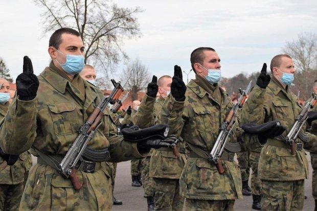 Elewi ślubowali na sztandar 23 Śląskiego Pułku Artylerii w Bolesławcu