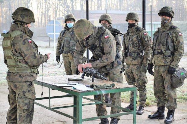 Przyszli podoficerowie 23 Pułku Artylerii po kursie instruktorsko-metodycznym