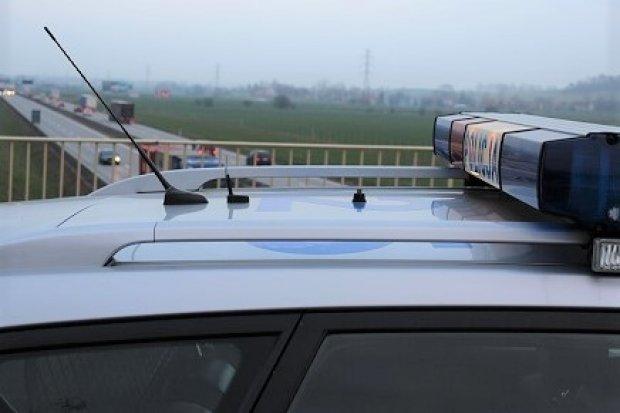Po pijanemu spowodował kolizję z ciężarówką na A4 i uciekł. 30-latek w rękach policji