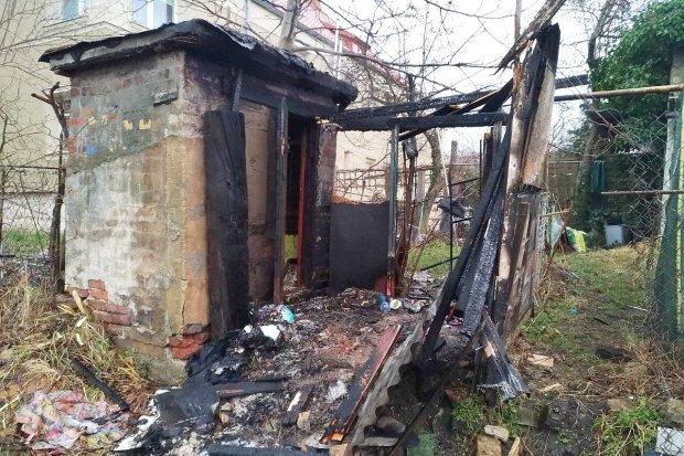 Pożar szopy na zapleczu ulicy Kosiby