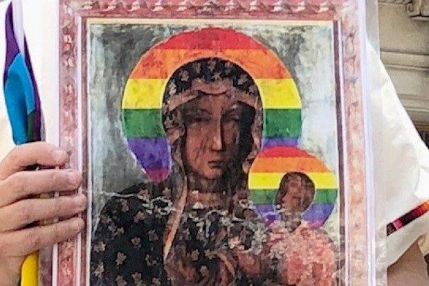 Rozmowa z oskarżonymi Anną i Joanną o rozklejaniu wizerunku tęczowej Matki Boskiej