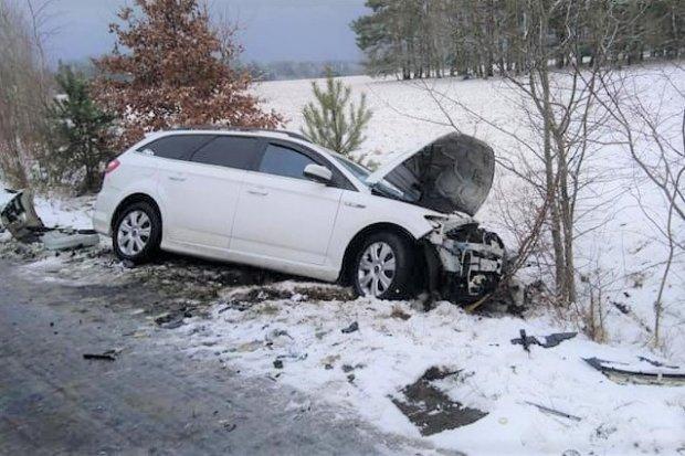 Wypadek w Pasterniku. Pasażer autobusu w szpitalu