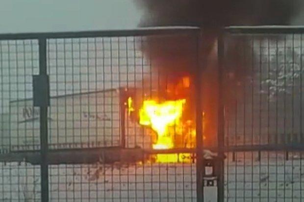 Pożar samochodu ciężarowego na autostradzie A4