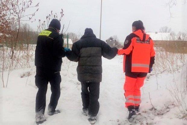 Bolesławiecka Straż Miejska uratowała życie bezdomnemu