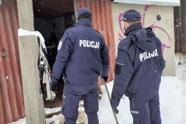 Akcja Zima. Policja kontroluje miejsca, gdzie mogą przebywać bezdomni