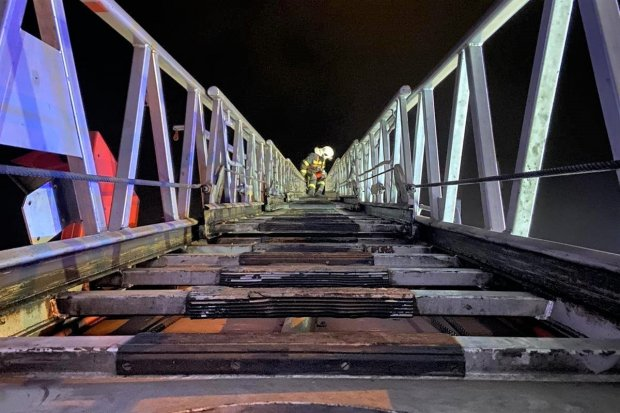 Nocna akcja straży pożarnej w Zebrzydowej