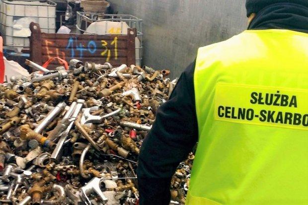 Zatrzymali transport 40 ton odpadów z Niemiec. Odbiorcom grozi półmilionowa kara!