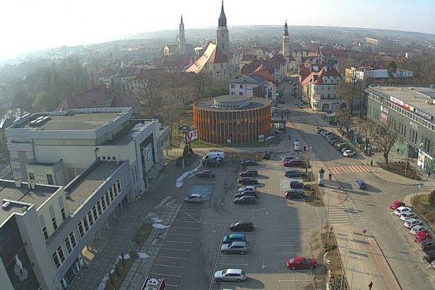 Czy parking przy Piłsudskiego jest bezpłatny dla posiadaczy Bolesławieckiej Karty Dużej Rodziny?