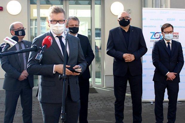 ZOZ Bolesławiec: Konferencja podsumowująca rok walki z pandemią koronawirusa