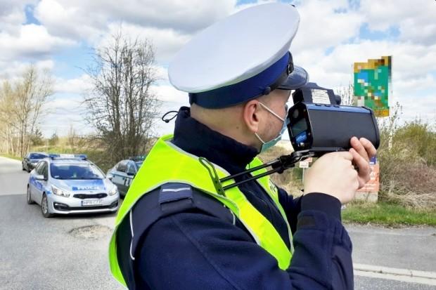 Akcja policji: 35 kierowców przekroczyło dozwoloną prędkość