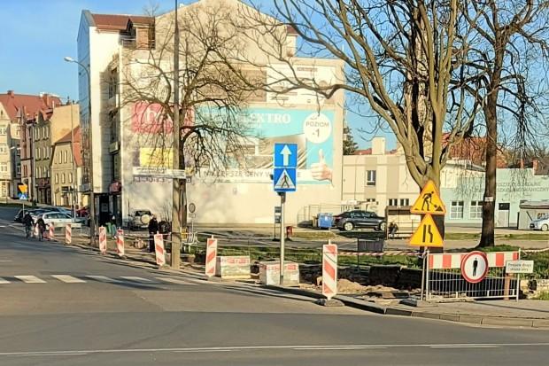 Remontują chodnik przy ulicy Zgorzeleckiej w Bolesławcu