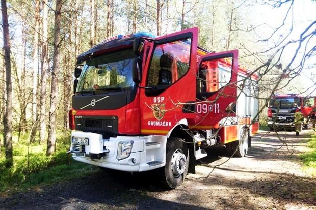 Akcja strażaków w lesie koło Gromadki