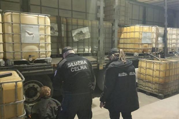 Przechwycili 30 tys. litrów nielegalnego paliwa. Straty oszacowano na 81 tys. zł