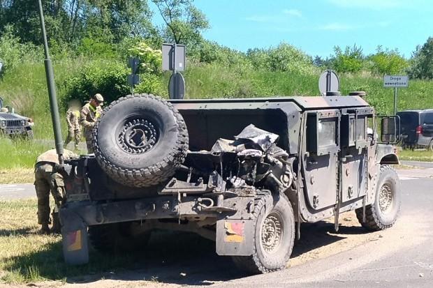 KOLIZJA dwóch pojazdów US Army na obwodnicy Bolesławca