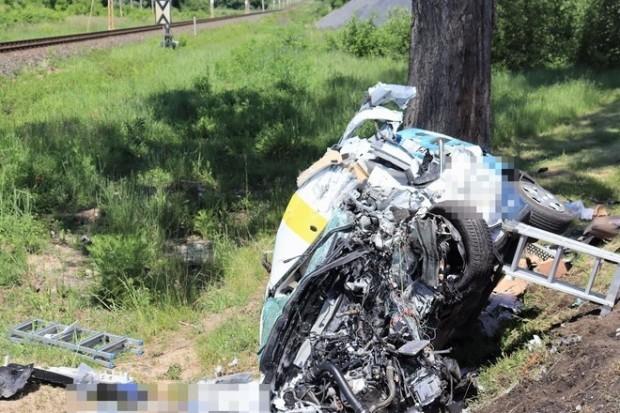 Śmiertelny wypadek przy przejeździe kolejowym, 61-latek zginął na miejscu