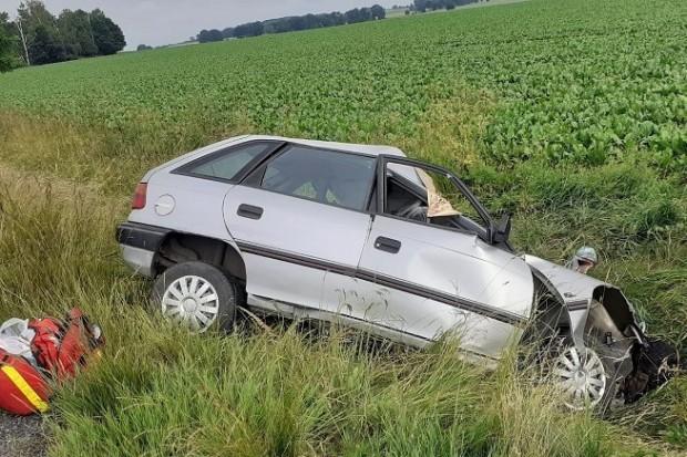 Śmiertelny wypadek: czołówka opla z ciężarówką. 73-latek nie żyje