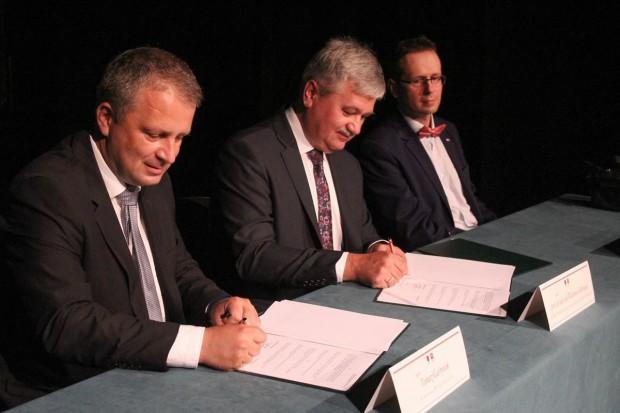 Dwie szkoły powiatowe pod patronatem Politechniki Wrocławskiej – jest porozumienie