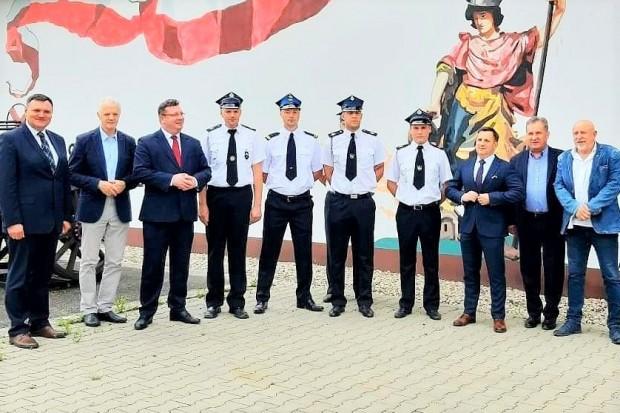 Zastępca Zbigniewa Ziobry z wizytą u nowogrodzieckich strażaków