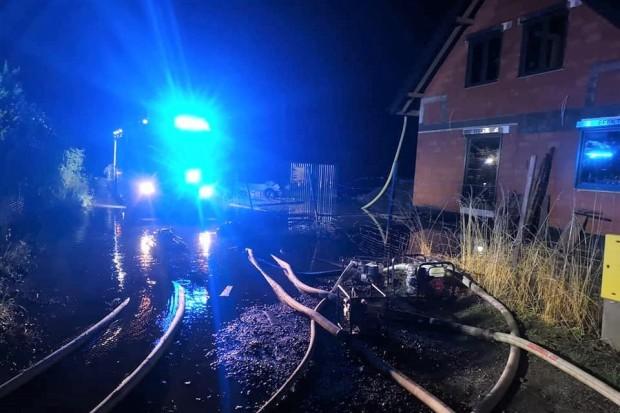 Czterogodzinna akcja straży pożarnej w Tomaszowie Bolesławieckim
