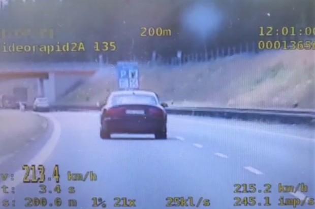 Zasuwała 213 km/h po ekspresówce, bo… chciała sprawdzić auto męża. Akcja SPEED