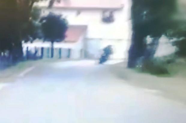 Gnał 143 km/h. Szaleńczy rajd motocyklisty bez prawa jazdy po gminie Nowogrodziec