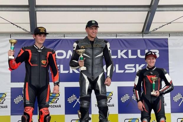 Oskar Kalich wygrał wyścig ścigaczy i pobił rekord toru na Motocyklowych Mistrzostwach Polski