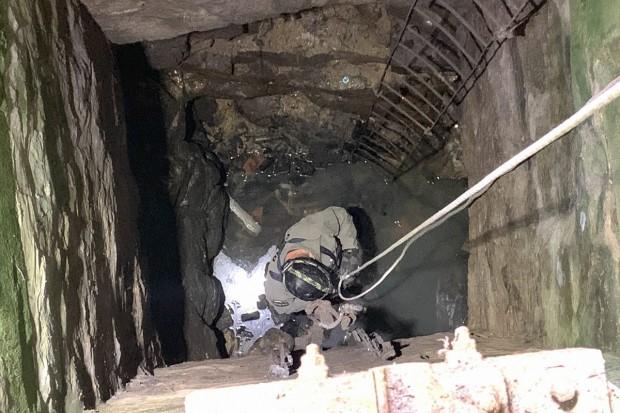 Studnia na zamku Grodziec zbadana. Odkryli wielki skarb?