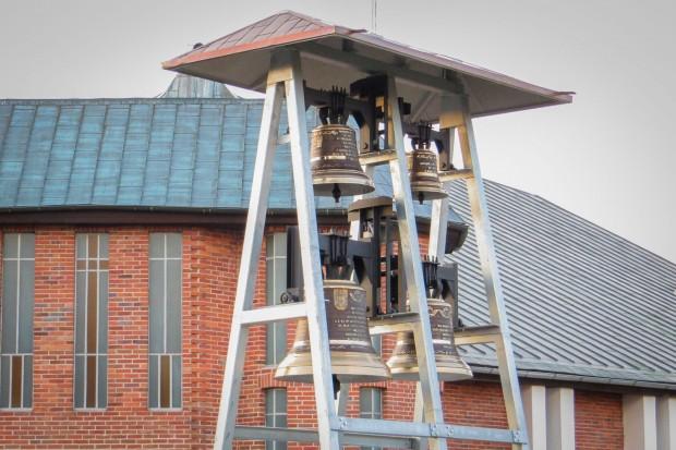 Czy dzwony kościelne przy Jana Pawła II są za głośne i przeszkadzają? Będzie kontrola