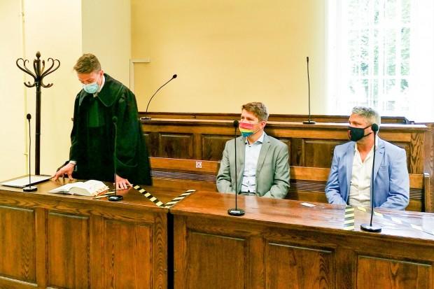 Gwizdali na Andrzeja Dudę, policja chciała kary, a sąd umorzył postępowanie